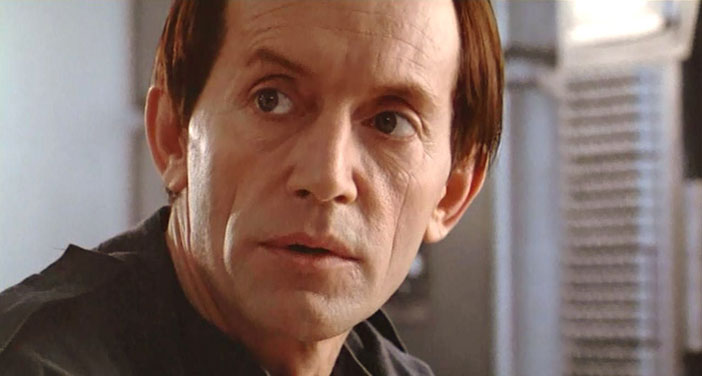 lance-henriksen-in-aliens