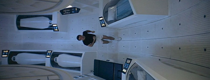 2001 A Space Odyssey exercise running space station