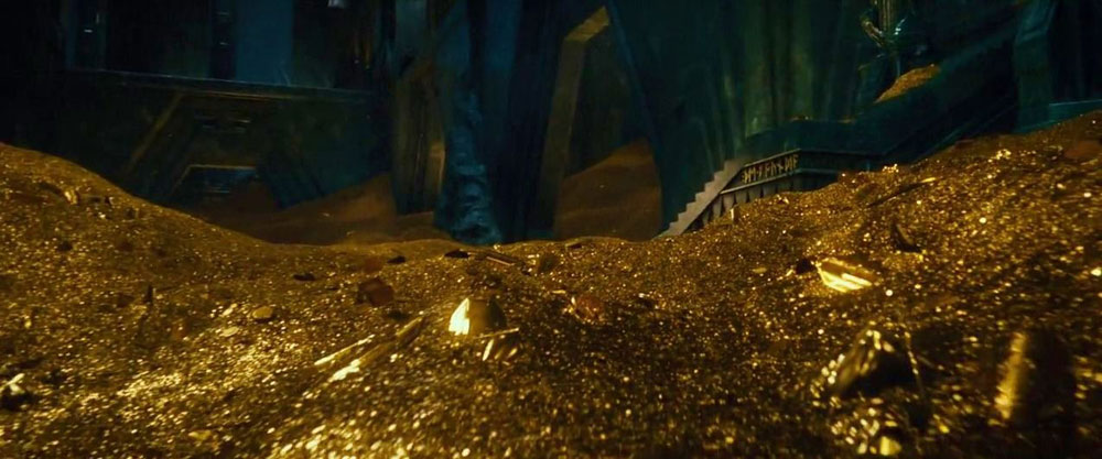 The Hobbit Smaug dragon gold hoard