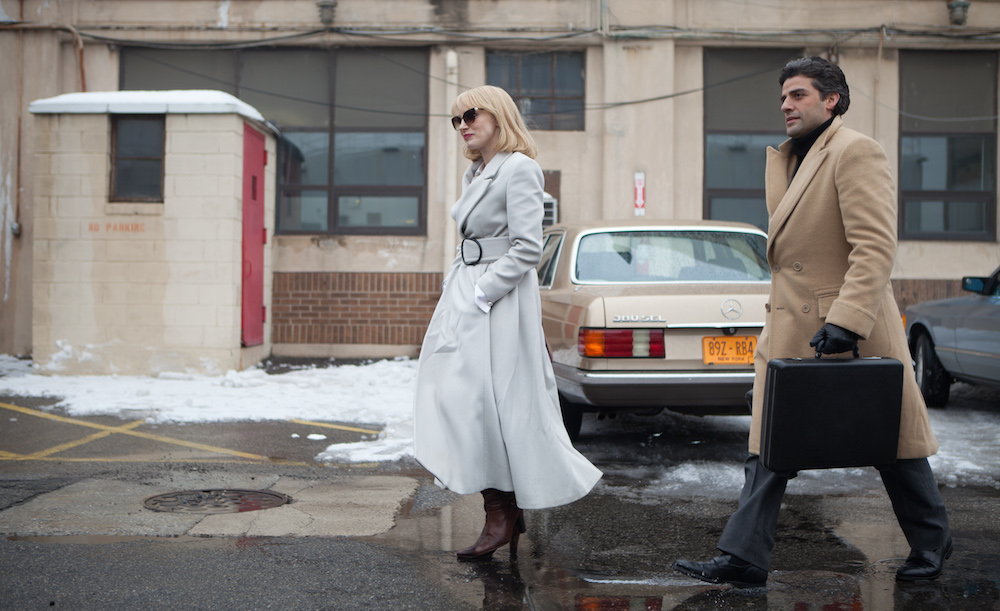 A most violent year - oscar isaac and Jessica chastain walk